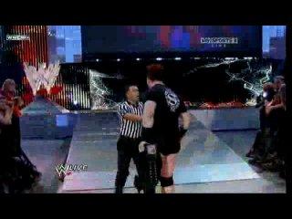 WWE Raw  �� ������� �����